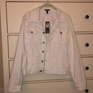 Eileen Fisher denim jacket. White. L. NWT.